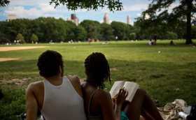 Summer Reading Books: The Ties That Bind Colleges