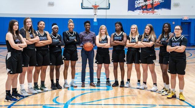 HS WOMEN - Team Photo
