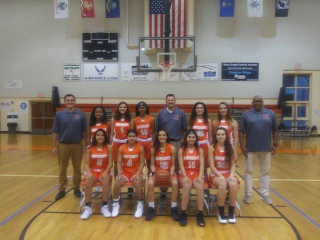 University Girls Basketball - Team Photo