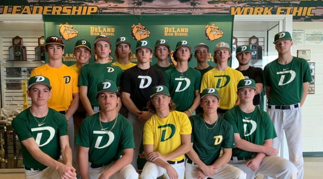 DeLand Bulldogs - Team Photo